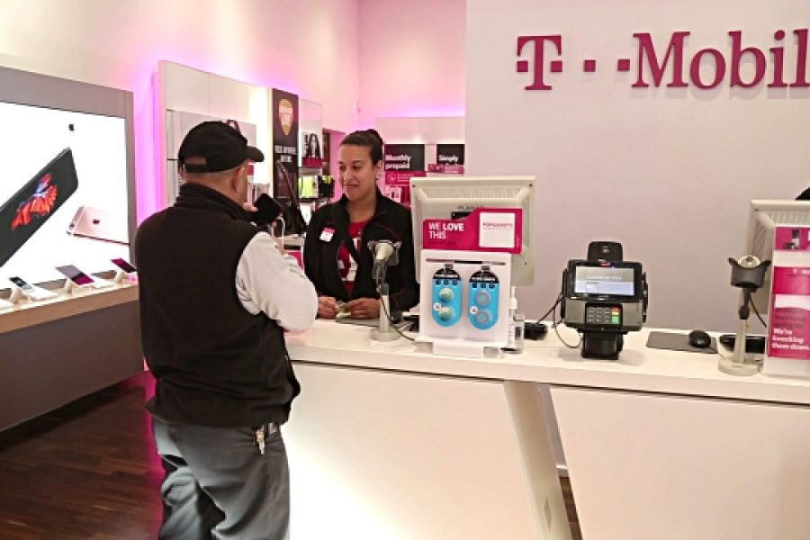 T-Mobile US continues preparations for 5G with Cisco, Crown Castle