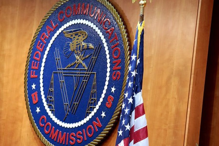 FCC starts auction of first 5G high band spectrum