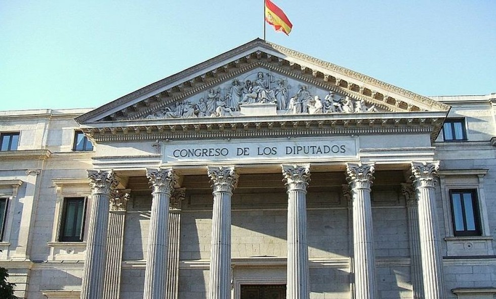 Spain approves urgent decree to accelerate 700MHz band release